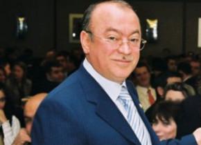 """Kəmaləddin Heydərov da """"Ad günü"""" mahnısı yazdı"""