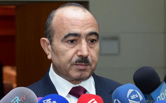 """Əli Həsənov: """"""""Rusiya ilə Türkiyə arasındakı gərginlik Azərbaycanı narahat edir"""""""