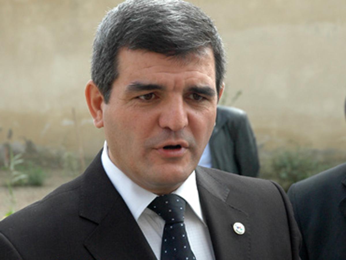 """Fazil Mustafadan """"Cümhuriyyət"""" medalı ilə bağlı"""