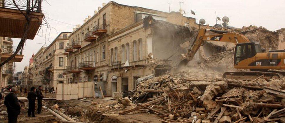 tarixi bina