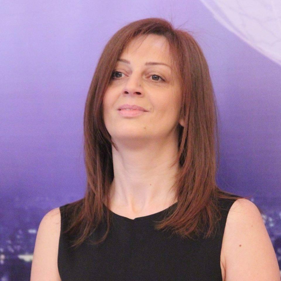 """Aynur Talıbova: """"Erməniyə, gürcüyə payladınız, qurtardı?"""""""