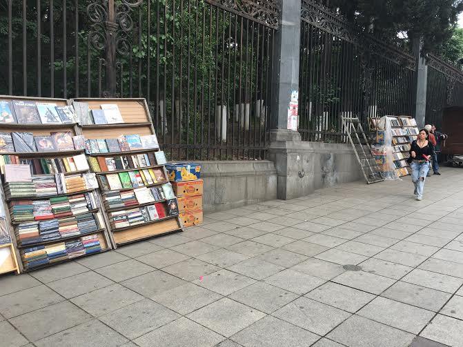 Bakı və Tbilisi: küçə ticarəti və canlı musiqi