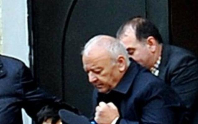 Akif Çovdarovun məhkəməsində qalmaqal