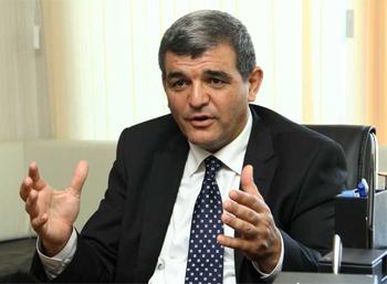 Fazil Mustafa hökumətin hesabatını sərt tənqid etdi