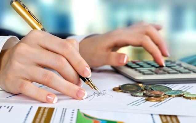 Kreditlərin 96.4 faizini bankların payına düşür