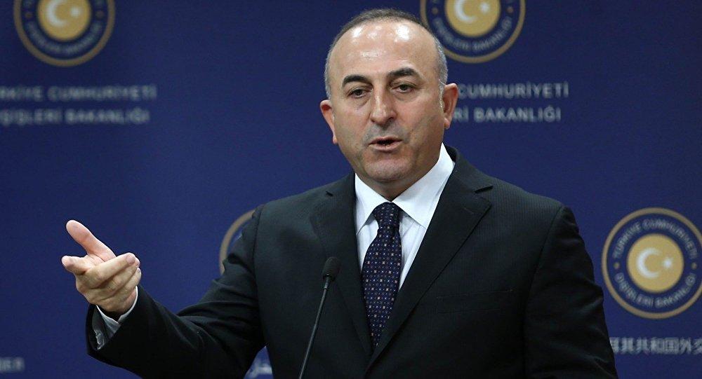 """Mövlud Çavuşoğlu: """"Geri çağırılan 32 diplomat Türkiyəyə qayıtmayıb"""""""