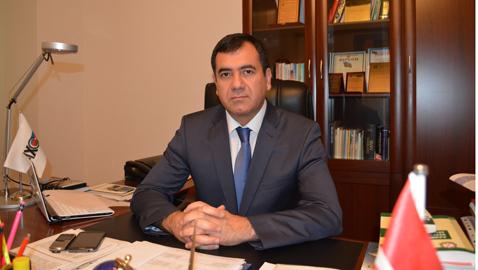 Deputat qəzəbləndi: