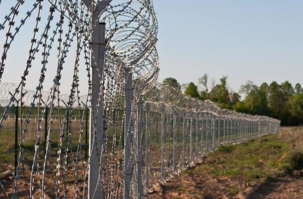 Türkiyə ilə İran arasında tikilən hasar sərhəd qısa zamanda bitəcək