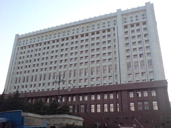 İlham Əliyev komissiyanın tərkibini dəyişdi