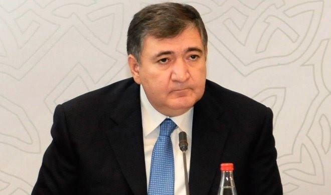 Fazil Məmmədov Nəcməddin Sadıkovun oğlunu işdən çıxardı