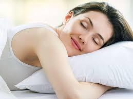 Sağlam qalmaq üçün gecə neçə saat yatmaq lazımdır?