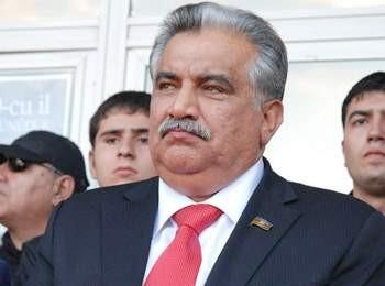 Prezident Əhəd Abıyevə orden verdi