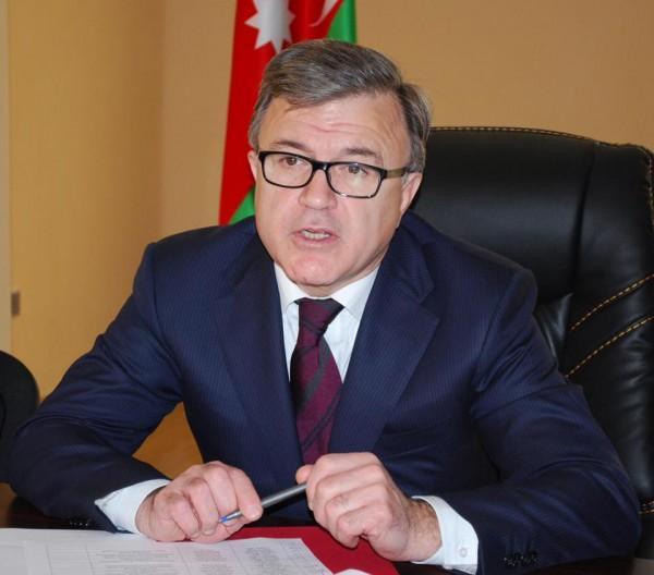 Hüseynqulu Bağırov onu korrupsiyada ittiham edən xalası oğluna cavab verməkdən çəkindi
