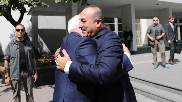 Mövlut Çavuşoğlu iranlı həmkarı ilə görüşüb