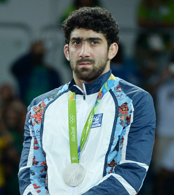 Daha bir olimpiyaçempionumuz idmana qayıtdı