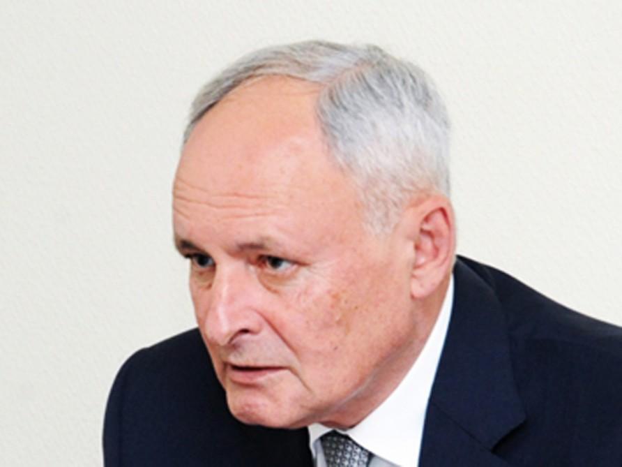Oqtay Şirəliyev yeni baş həkim təyin etdi