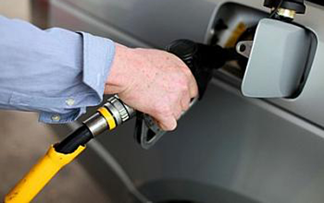 Azərbaycan benzin istehsal edəcək