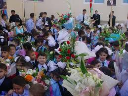 Bu gün Bakıda 44.013 uşaq birinci sinfə gedib