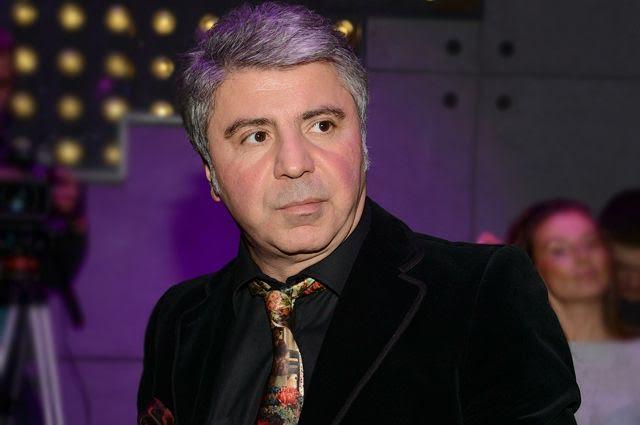 Azərbaycan rusiyalı müğənniləri bağışladı