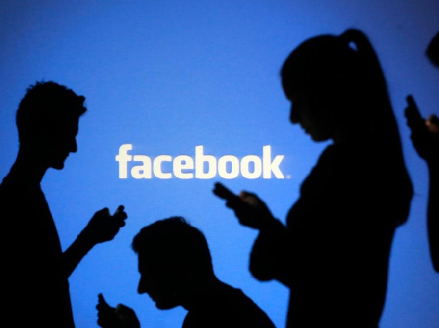 """""""Facebook""""da çat-botlar öz """"dillərini"""" yaratdı…"""