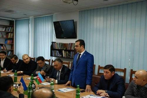 Ukraynadakı azərbaycanlıların problemləri müzakirə olunub