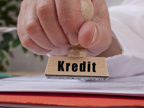 Bəzi banklar kredit verməyi dayandırdı