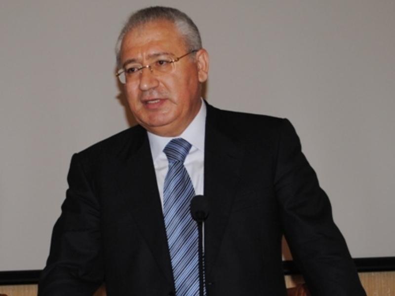 """Prezident eks-nazirə """"Şöhrət"""" ordeni verdi"""