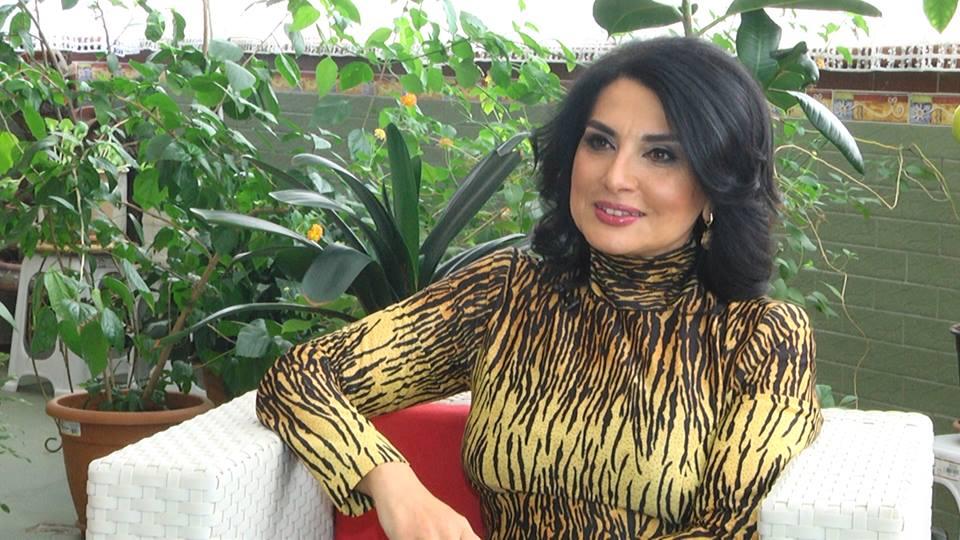 """Deputat Jalə Əliyeva:""""Ev alan iqtidar qəzetlərinin müxbirləri də susmamalıdır"""""""