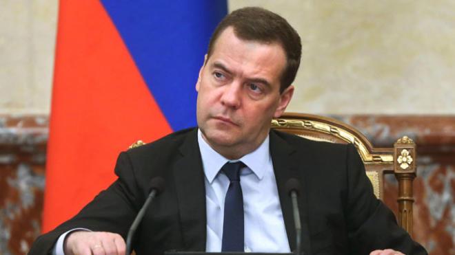 Medvedev Novruz Məmmədovu