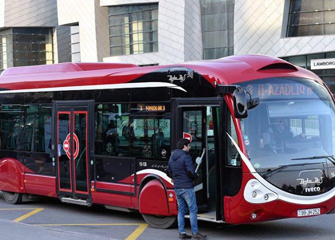 Paytaxtda 700 sərnişin avtobusu kart sisteminə keçəcək