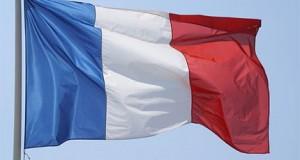 Fransada minimum pensiya min avroyadək qaldırılacaq