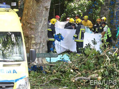 Portuqaliyada ağacın aşması nəticəsində 12 nəfər öldü, 52 nəfər xəsarət aldı