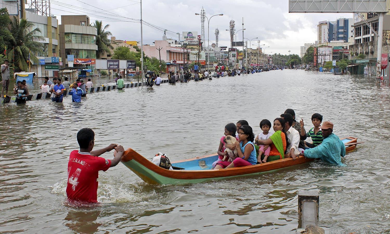 Hindistanda daşqınlardan ölənlərin sayı 200 nəfəri ötüb