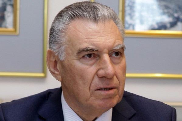 Əli Həsənova 2 milyardlıq korrupsiya ittihamı
