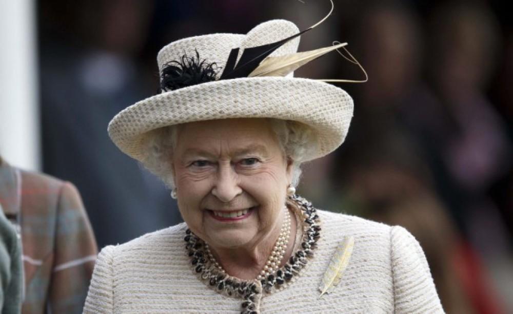 II Elizabet Vindzor qəsrində şənlik keçirilməsinə icazə verdi