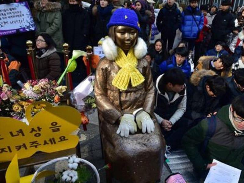 Şimali Koreya ilə Yaponiyanın heykəl davası