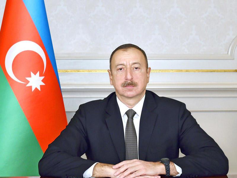 Prezident İlham Əliyev Alim Qasımovu mükafatlandırdı