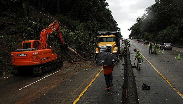 Meksikda baş verən fırtına nəticəsində 4 nəfər ölüb