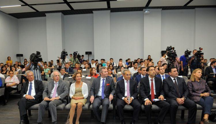 azerbaycan-fransiz-universitetinin-yeni-binasinin-achilishi-15092017-6