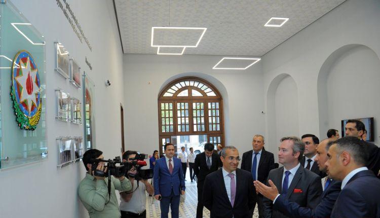 azerbaycan-fransiz-universitetinin-yeni-binasinin-achilishi-15092017-9