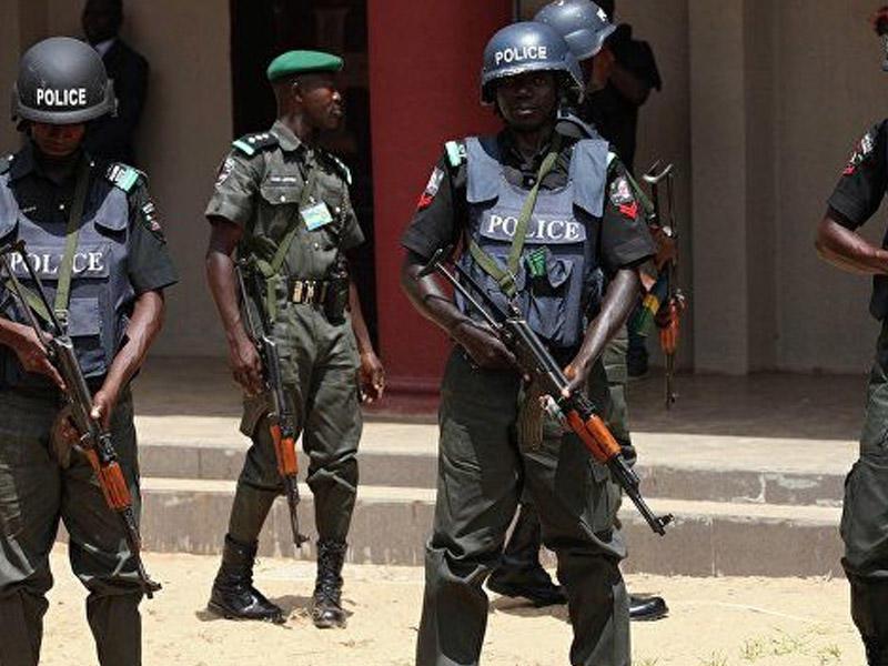 Nigeriyada silahlılar kəndlərə hücum ediblər, çox sayda ölən var