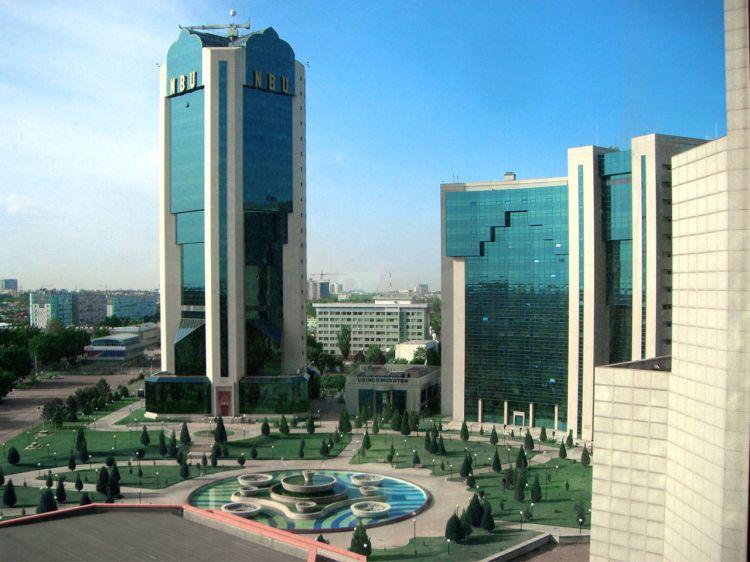 Özbəkistan Mərkəzi Bankı milli valyutanı 48% devalvasiya edib