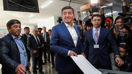 Prezident seçkilərində səslərin 55 faizini Soornbay Jeenbekov qazanıb