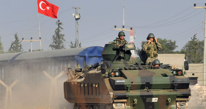 Türkiyə İŞİD hərbçilərinin deportasiyasına başladı