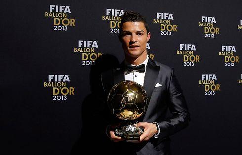 Ronaldo hər gün mənfi 200 dərəcəli otağa girir