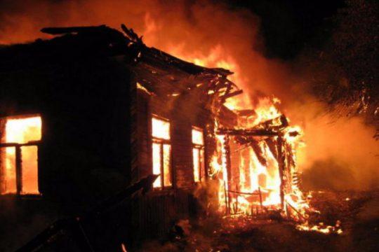 Nərimanov rayonunda 5 otaqlı evdə yanğın olub