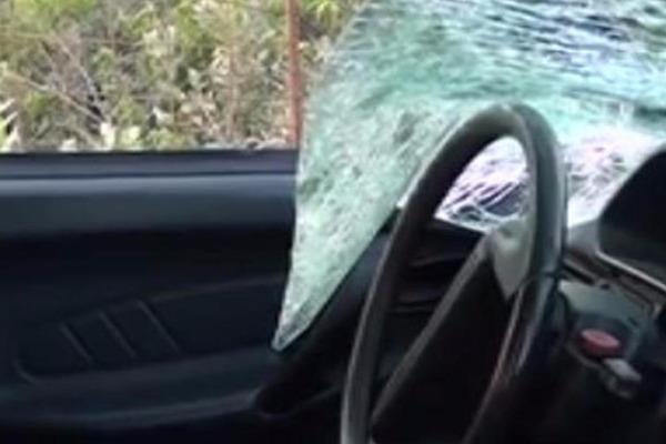Goranboyda yol qəzası baş verib, 13 nəfər xəstəxanaya yerləşdirilib –