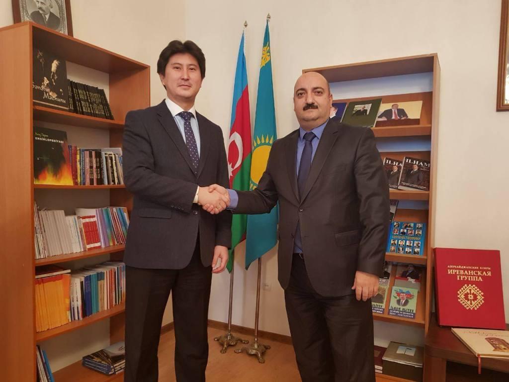 Qazaxıstan universitetində Azərbaycan dili tədris ediləcək