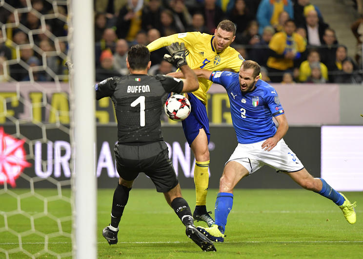 Dünya futboluna yeni qaydalar gətirilir: əllə oyun, 11 metrlik zərbə, qapıçılara cəza…