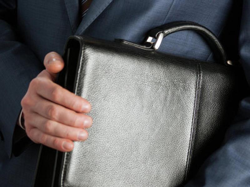 Deputat seks skandalına görə mandatından imtina etdi